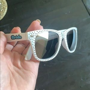 Accessories - 🧜🏻♀️Bride's Sunglasses